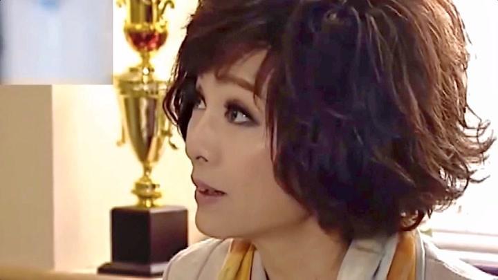 成龍苦追她8年,她都沒看上,如今63還是單身!網友:依然美!