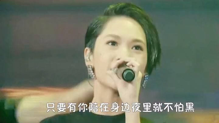 楊丞琳聽到潘瑋柏結婚哭了,鐵打的神仙友誼情讓人羨慕!